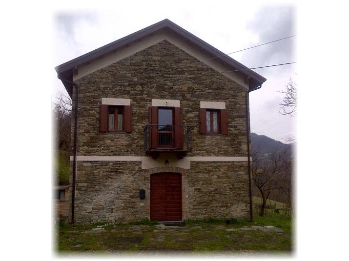 Recupero fienile a Bardi - Enrico Ottoni